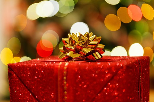 Festive gifts - Building wealth for a solid financial future